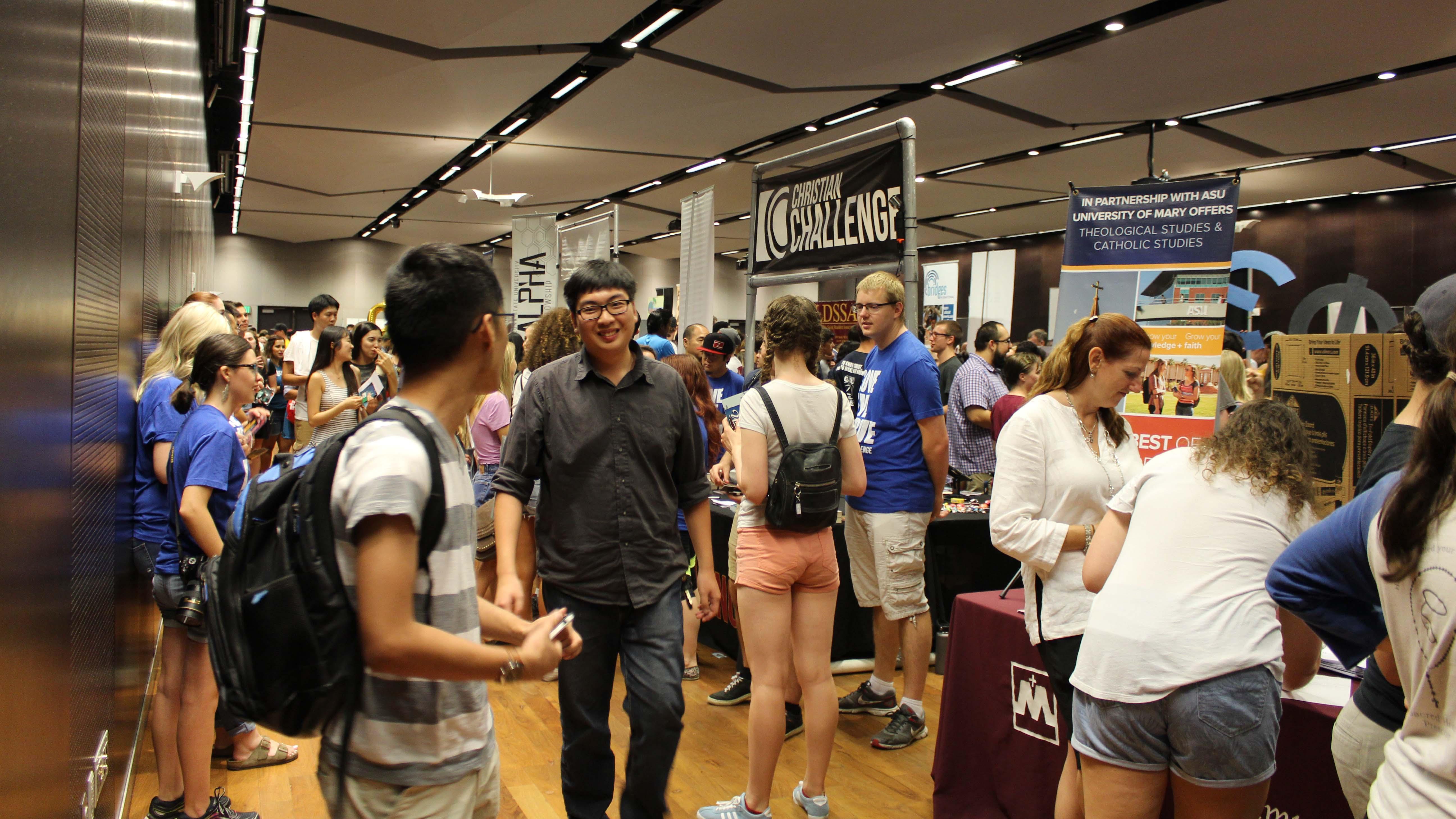 Students at the Passport to ASU involvement fair